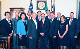 Secretary Cascos photographed with Mexican Consulate representatives.